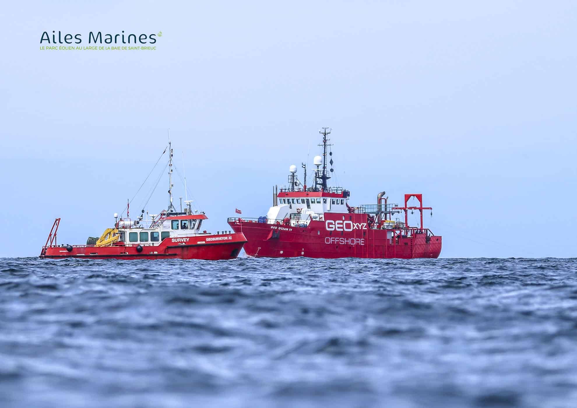 ailes-marines-two-boat-offshore